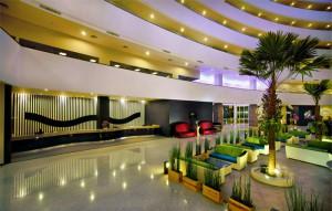 Lobi Hotel Aston Cirebon