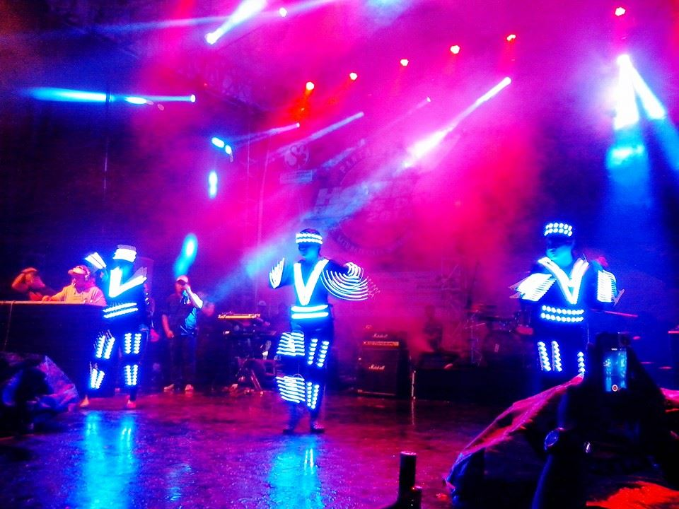 Pertunjukkan LED Dance di HBD 2013