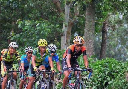 Atlet balap sepeda putra #PONJabar2016 #PONXIX