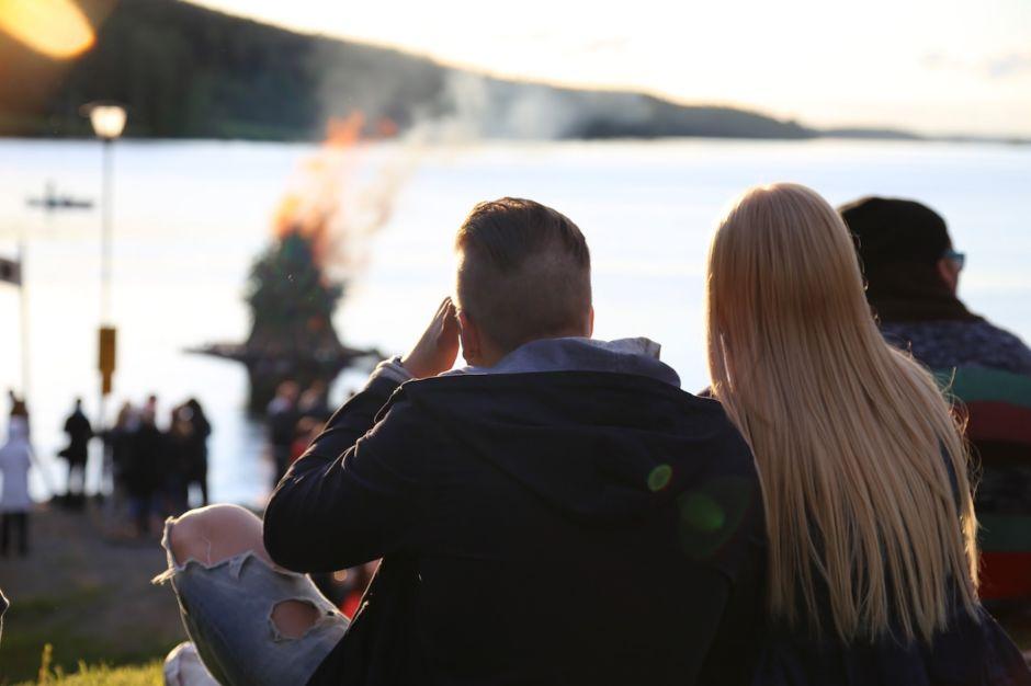 Midsummer-festival-Finland-940x626