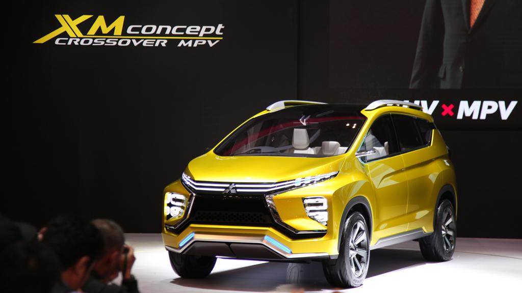 30012017-Car-Mitsubish-XM-Concept